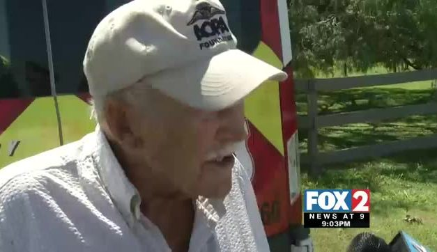 98-Year-Old Pilot Crash Lands into Tree