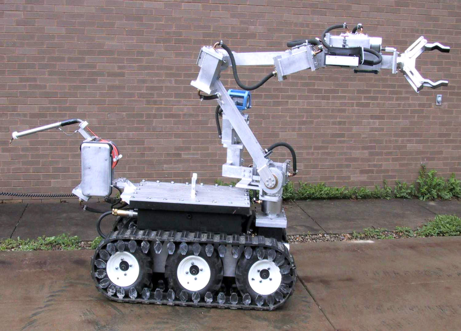 ANDROS_WolverineV2_Borehole_Robot.jpg