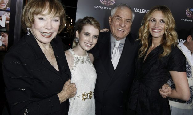 'Pretty Woman' filmmaker Garry Marshall dies at age 81
