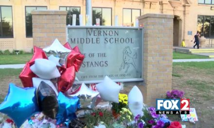 Vernon Middle School Students Mourn Loss of 14 Year Old Boy