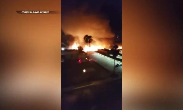 Fire Destroys Over Ten Cars in Mercedes
