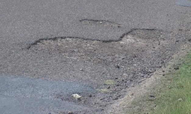 Donna Residents Concerned With Lighting And Road Issues
