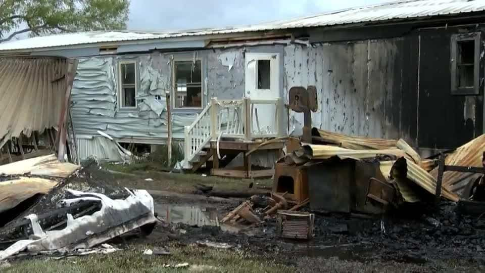 Families Left Without A Home After Fire In Mercedes
