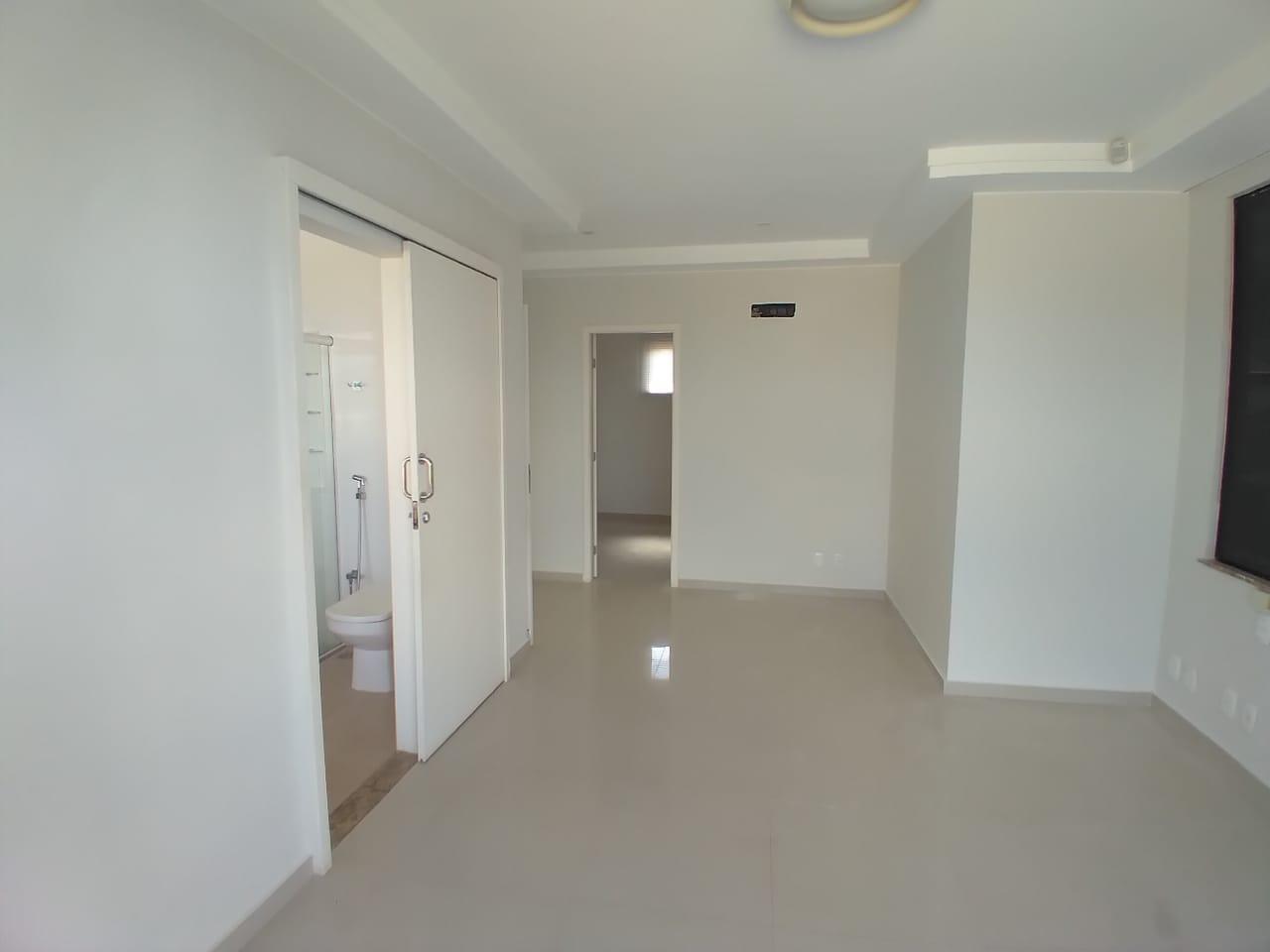 09 suite 02