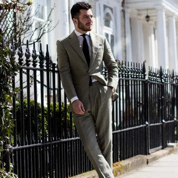 Sport a free bespoke suit from Cad & The Dandy