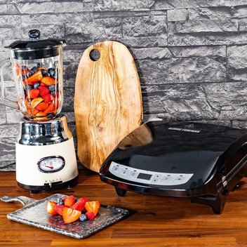 Get a free Retro Cream Jug Blender & a George Foreman Evolve 5 Portion Black Grill