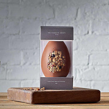 25 free bespoke chocolate Easter eggs