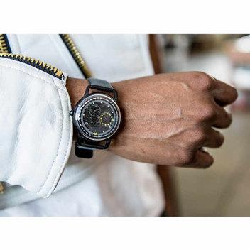 Win an Exclusive Apollo bubble watch
