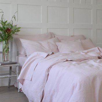 Win linen bedding from Chalk Pink Linen