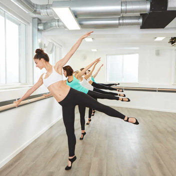 500 free Xtend Barre classes