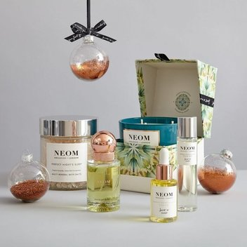 Free Wellbeing Boosting Travel Candles from Neom