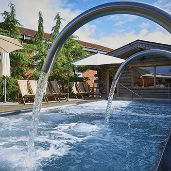 Enjoy a luxury break at Waterfront Hotel Spa & Golf worth £710