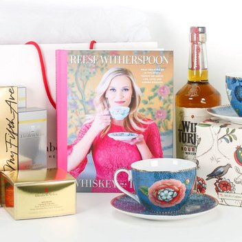 Claim a free copy of Whiskey in a Teacup & £250 worth of Elizabeth Arden products