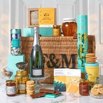 Win The Honey Hamper from Fortnum & Mason worth £200