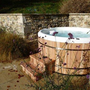 Win a luxury hot tub worth £6,495