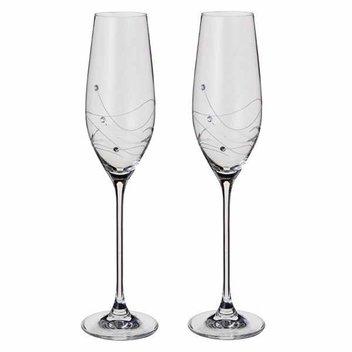 5,000 free Dartington crystal glasses