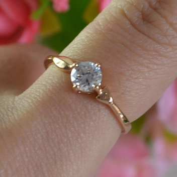 Get a glamorous golden ring