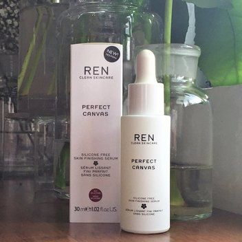FREE REN Priming Serum