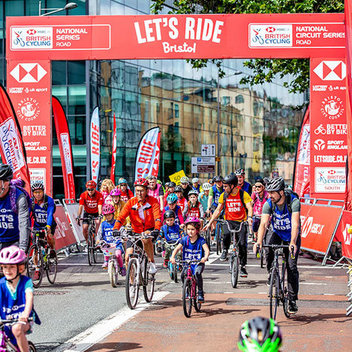 Redeem £1,000 to spend on bikes & cycling kits with HSBC UK