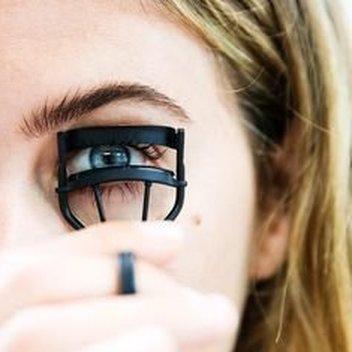 Free eyelash curler from Kilhn