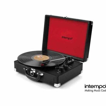 Win 1 of 5 retro turntables from Intempo
