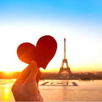 Enjoy a romantic trip to Paris for free