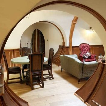 Stay in a Hobbit Hole for 2 days for free