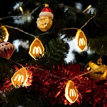 Free festive McNuggets lights & McNugget baubles