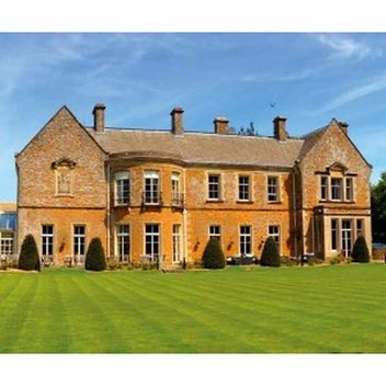 Win a relaxing Cotswold break for 2, worth £1,000