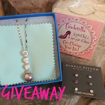 Win a lovely set of jewellery with Cuddle Fairy