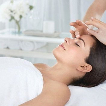 Rejuvinate with a free luxury ELEMIS experience worth £500