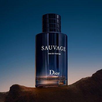 Pick up a free Dior Sauvage Eau de Parfum & cream sample