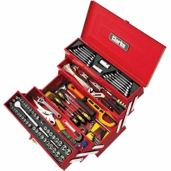 Win a Clarke CHT641 199 Piece Tool Kit