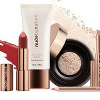 Get your hands on a free Nude by Nature Makeup Kit