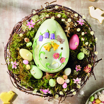 Win a limited edition Bettys Spring Bloom Easter Egg