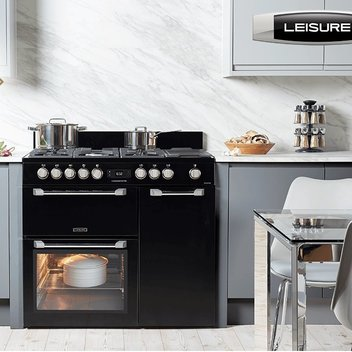 Transform your kitchen with a stylish Leisure range cooker