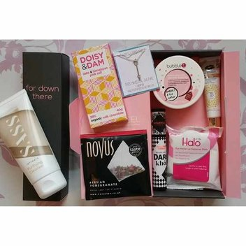 Free Pink Parcel & bettybox Sanitary Box