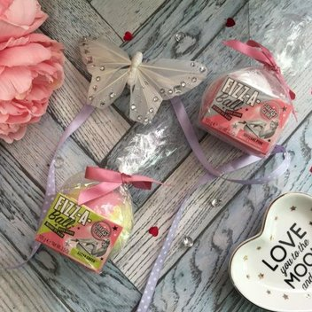 Get a free pamper package from Soap & Glory
