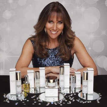 Get 1 of 10 Linda Lusardi's Beauty Range