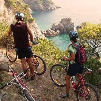 Win £1000 towards a cycling holiday