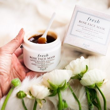 1,000 free Fresh Rose Face Mask Deluxe Samples