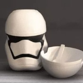 10,000 free Stormtrooper Cereal Bowls