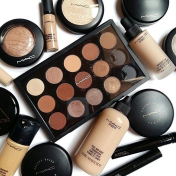 Win M.A.C Goodies worth over £200