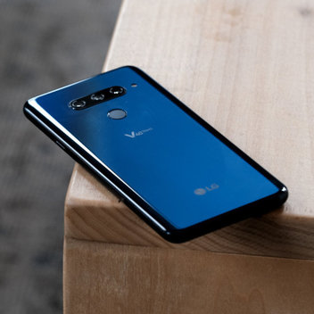 LG V40 ThinQ international giveaway