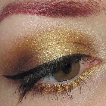 Claim a free Cougar eyeshadow