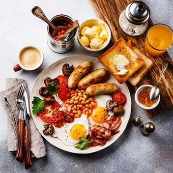 Indulge in a Sunday brunch for 4 at Tewkesbury Park Hotel