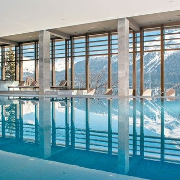 Enjoy a luxury spa holiday in St Moritz