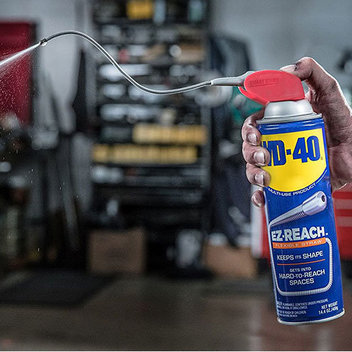 Claim a free WD-40 Flexible Can