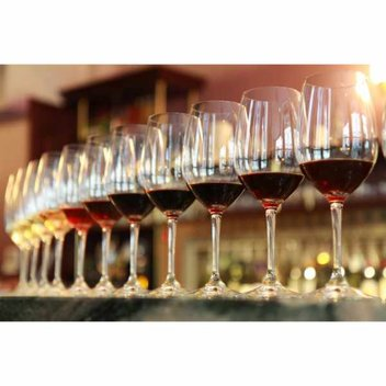 Know your wines with this free Wine Tasting Kit from Decanter
