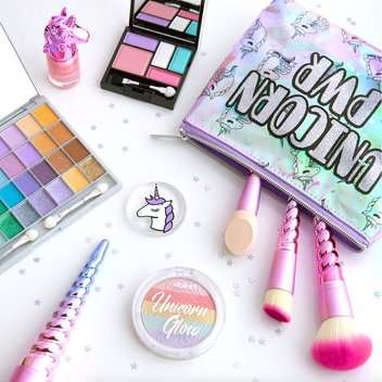 Win a Freerunner Petite Silver watch & makeup goodies from Unicorn Cosmetics